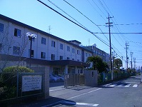 静岡市立第六中学校です